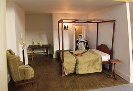 Regency dolls house attic bedroom with four-poster bed